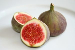 Fig fruits 300x201 Fig Juice