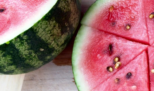 best watermelons 530x313 Best Watermelons For Watermelon Juice And How To Choose Them