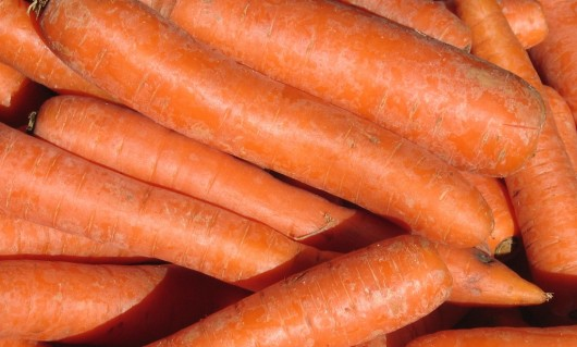 carrots2 530x319 Which Fruit Has The Most Carotene a (Alpha Carotene)?