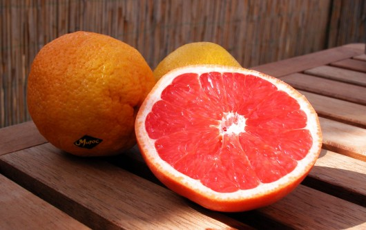 grapefruit health 530x333 15 Health Benefits of Grapefruit Juice
