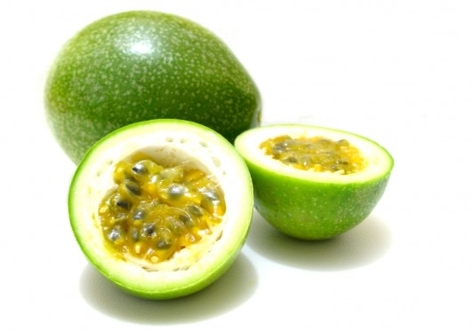 passionfruit 530x372 Passion Fruit Juice Side Effects