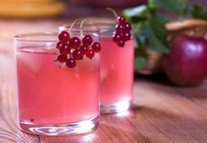 redcurrant juice2 300x207 Redcurrant Juice