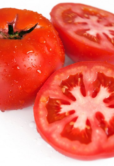 tomatoes cut 364x530 Health Benefits of Tomato Juice
